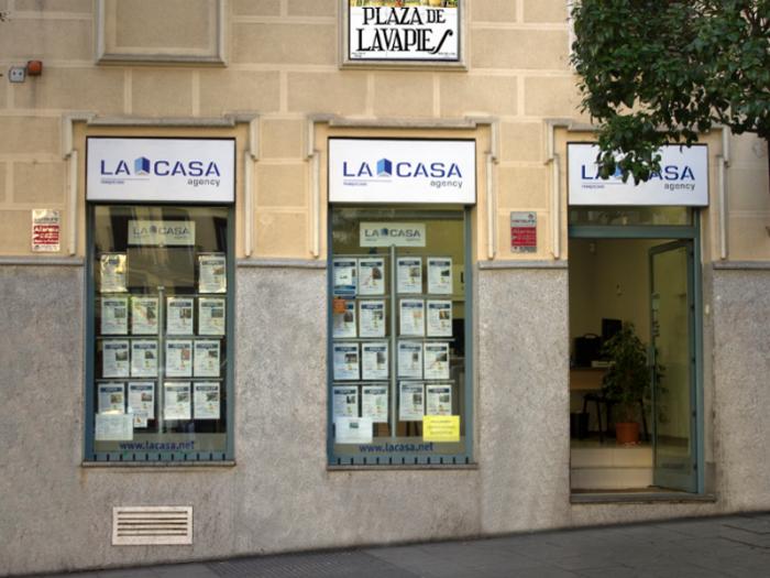 La Casa Agency Lavapiés | Estudio Las Ciudades SL |Plaza de Lavapiés | Madrid